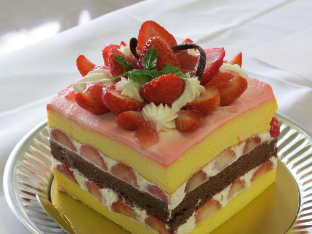サマーティアラスイーツコンテストのショートケーキ